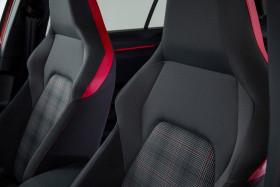 VW Golf GTI - innen