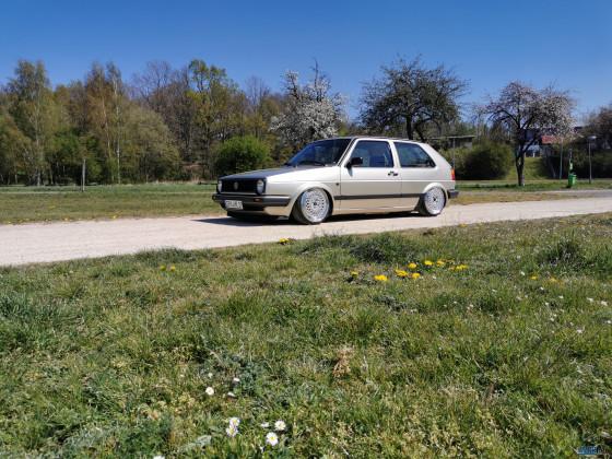 2er 1988 / 1,8l 90ps / Automatik / Polarsilber