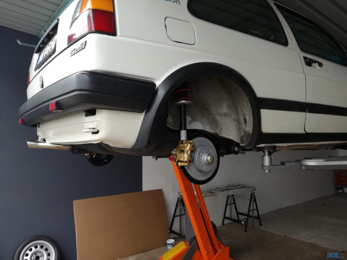 Bremse hinten mit neuer Achse verbaut